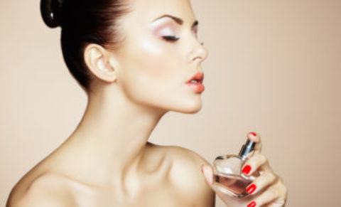 BEATIFUL WOMEN PERFUME